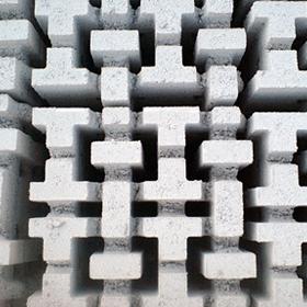 Διάτρητο γρασίδι - Πλάκα